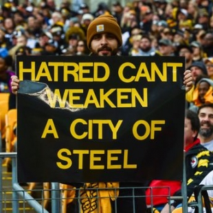 Pittsburgh Sports Fans Unite For Tragedy
